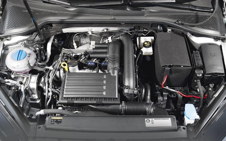 volkswagen-golf-engine1