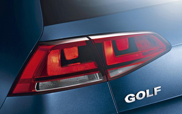 volkswagen-golf-tail-light