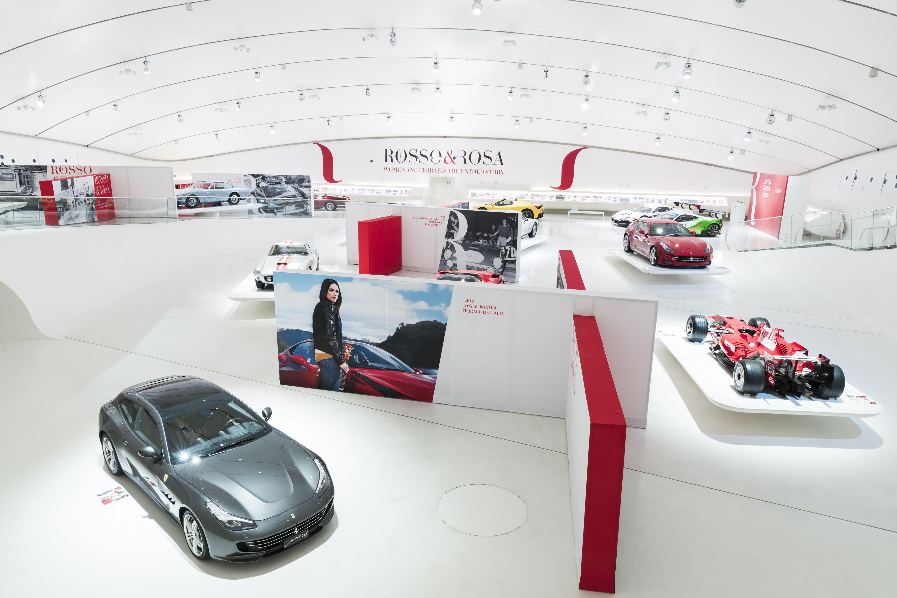 Women Ferrari Exhibition At Enzo Ferrari Museum Torque - Exhibition car