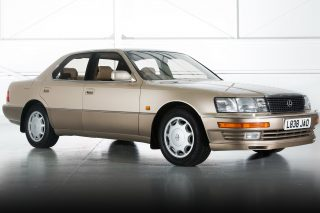 The focal point of Toyota's move upscale has always been the Lexus LS, the flagship of the Japanese-American luxury division since 1989.
