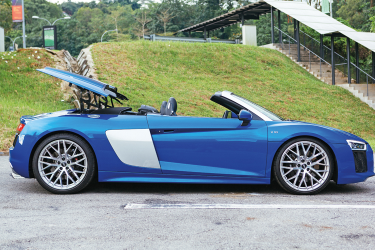 audi r8 spyder roof operation