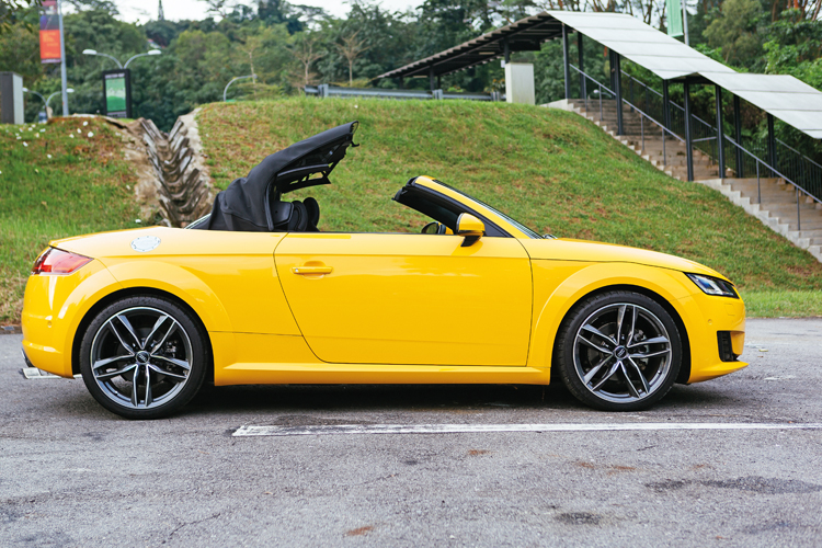 audi tt roadster roof operation