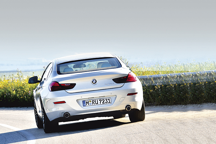 bmw-640i-gran-coupe-rear-tracking