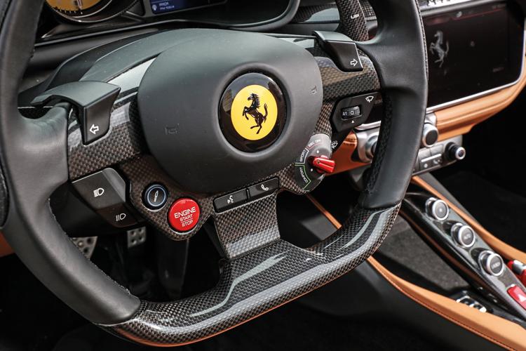 ferrari portofino steering wheel