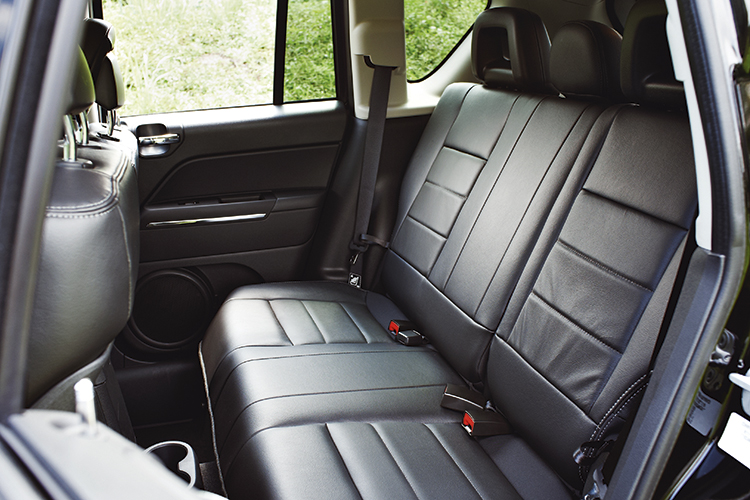 jeep-compass-backseat