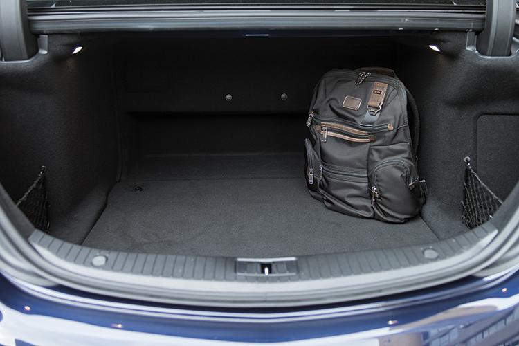 Mercedes-Benz S320L's boot.
