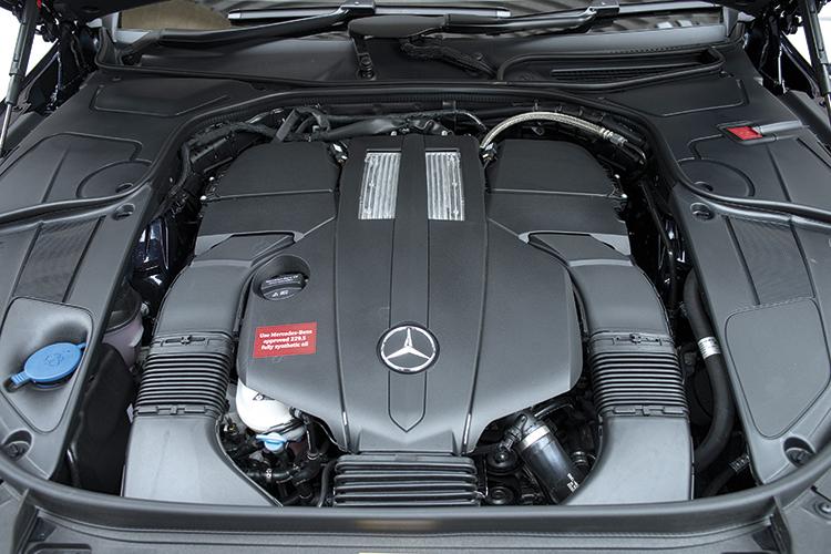 Mercedes-Benz S320L's turbocharged 3-litre V6.