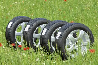 modern-tyres-contain-eco-friendly-materials-1