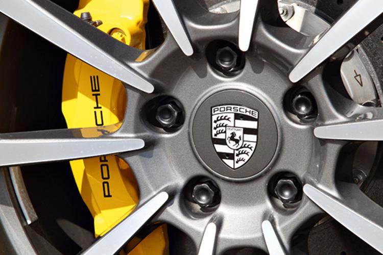 porsche 911 carrera s cabriolet carbon-ceramic brakes