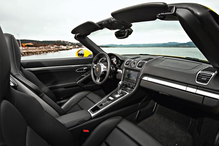 porsche-boxster-s-cockpit