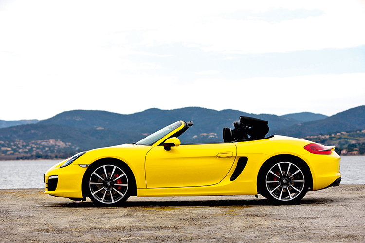 porsche-boxster-s-roof-operation-2