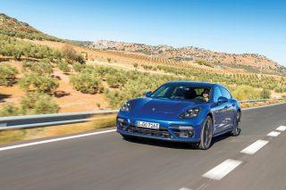 porsche panamera turbo s e-hybrid sport turismo front tracking