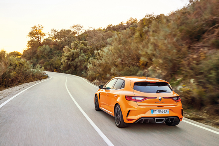 renault megane rs rear tracking