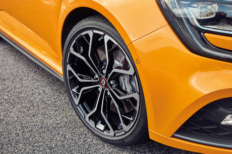 renault megane rs wheel