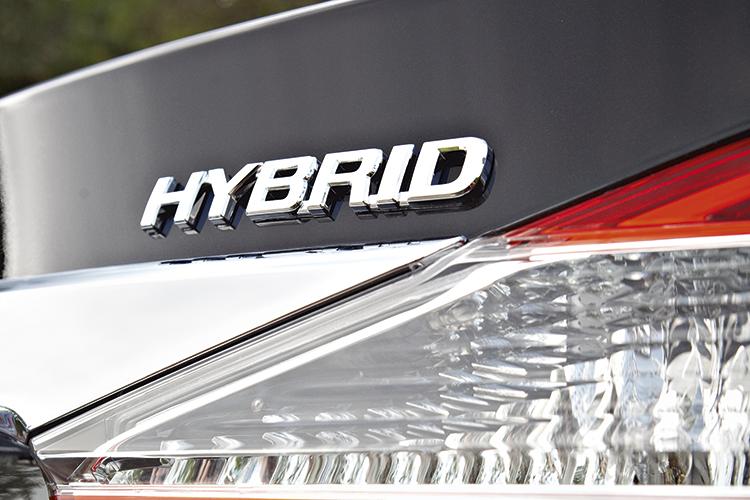 New Camry 2018 Singapore >> Toyota Camry Hybrid review | Torque