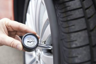 hy-do-my-tyres-lose-pressure_1