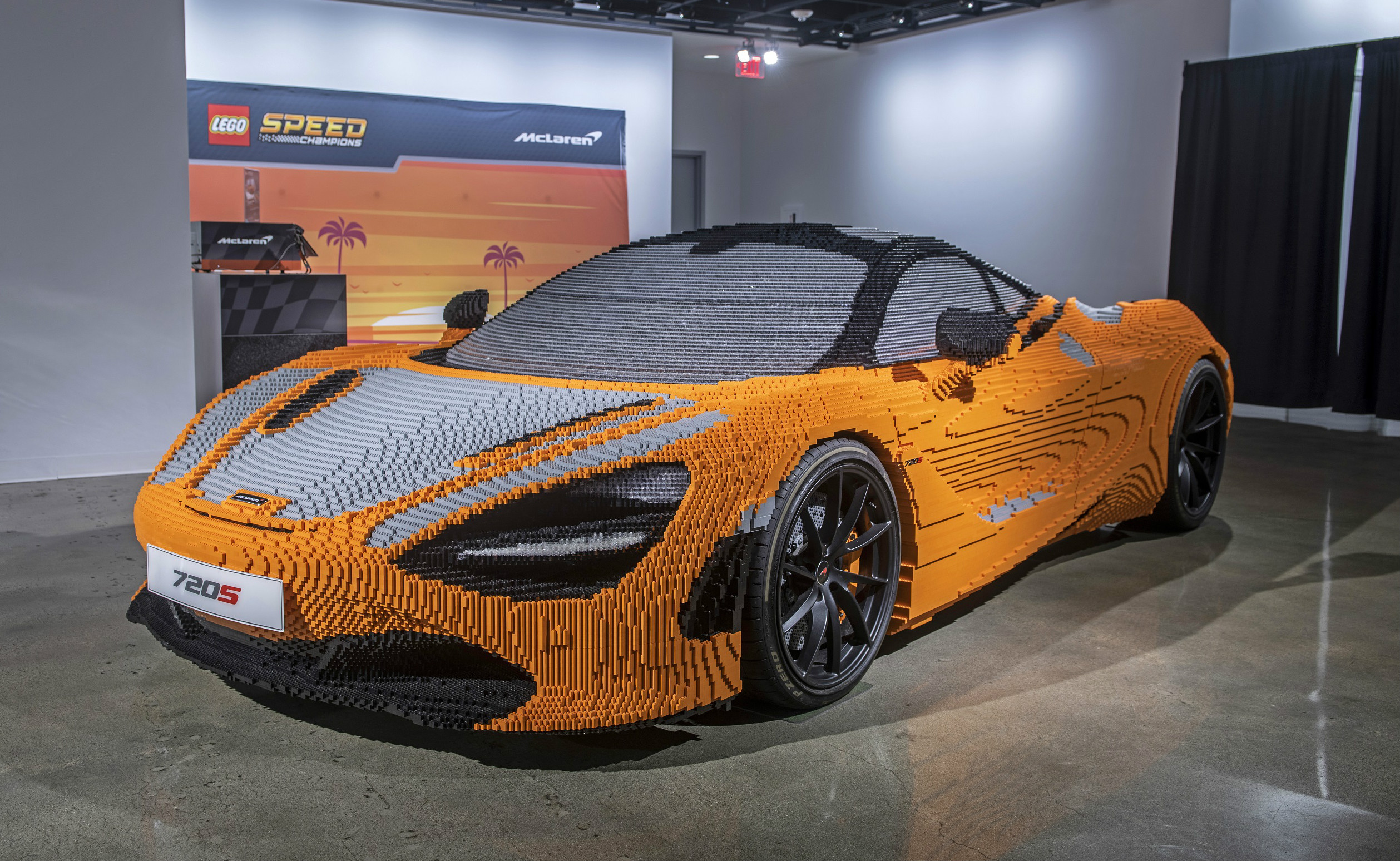 More than 280,000 Lego bricks were used in total to build the 1:1 scale model McLaren, which is now on display at the Petersen Automotive Museum, where the car was completed with help from museum visitors who placed the final bricks on the full-size 720S.