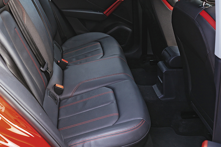 audi q2 backseat