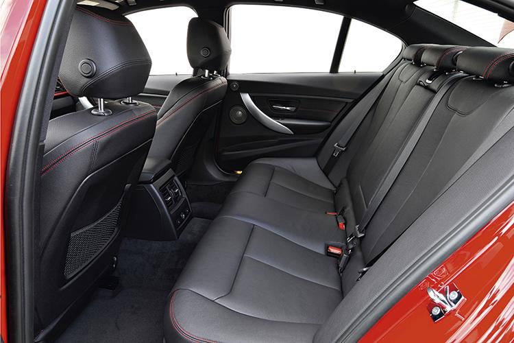 bmw 3 series backseat