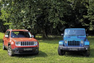 jeep renegade and jeep wrangler front static