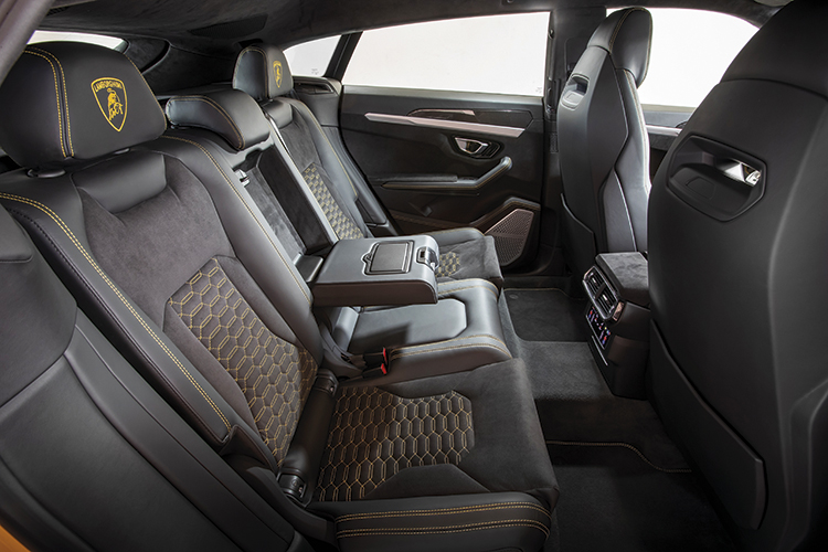 Less roomy than expected, but Urus interior is versatile enough for the (wealthy) family and preserves the visual character of a modern Lambo.