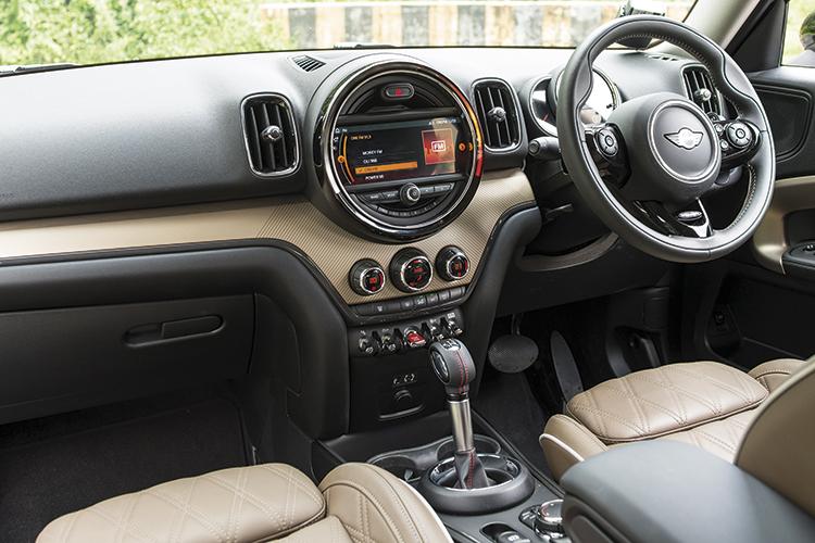MINI Cooper S Countryman – Cockpit