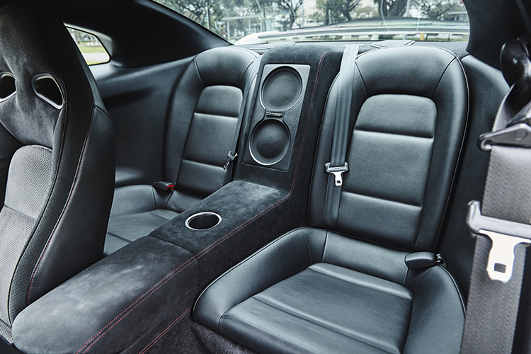 nissan gt-r backseat
