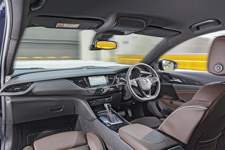 Opel Insignia Grand Sport – Cockpit