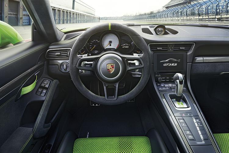 porsche 911 gt3 rs cockpit