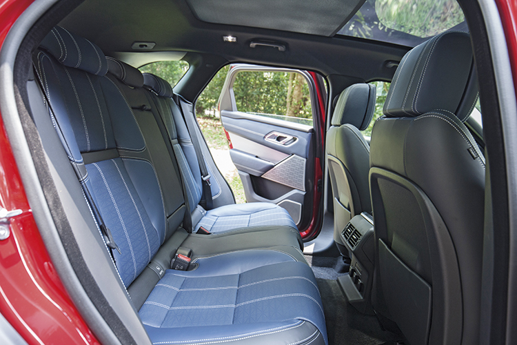 Middle occupant of Range Rover Velar's backseat has less legroom, but enjoys a full-size backrest and squab, unlike the centre passenger in the Volvo XC90.