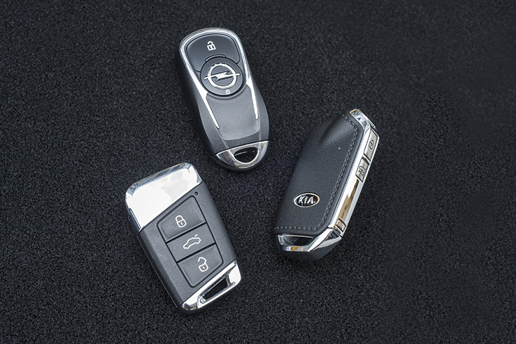 Volkswagen Arteon, Open Insignia Grand Sport and Kia Stinger GT-Line – Keys