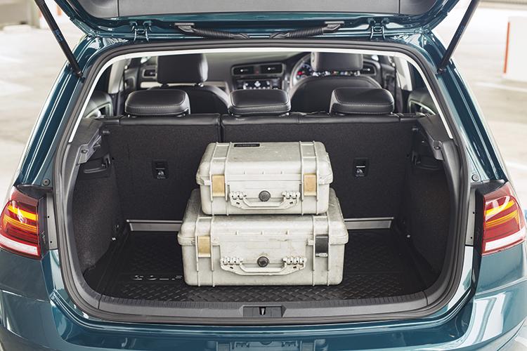Volkswagen Golf – Boot