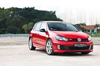 volkswagen golf gti edition 35 static front