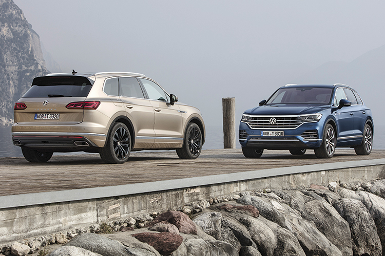 volkswagen touareg front and back static