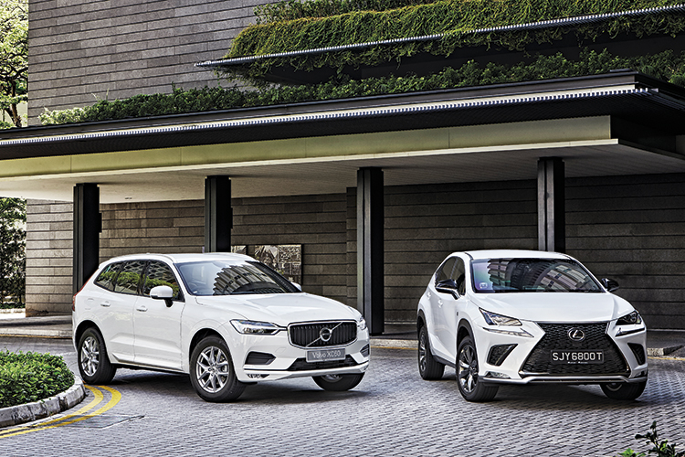 volvo xc60 t5 and lexus nx300 front static