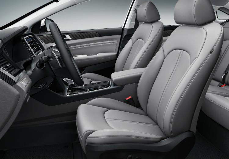2018 Hyundai Sonata – Interior