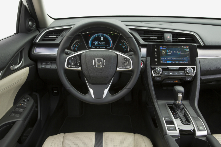 honda civic saloon interior