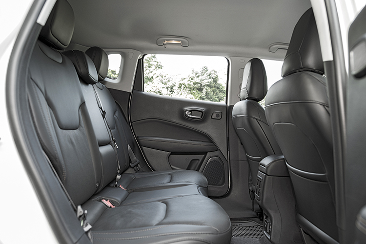 Jeep Compass – Backseat