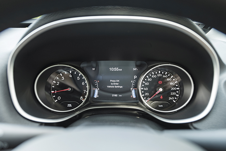 Jeep Compass – Meters