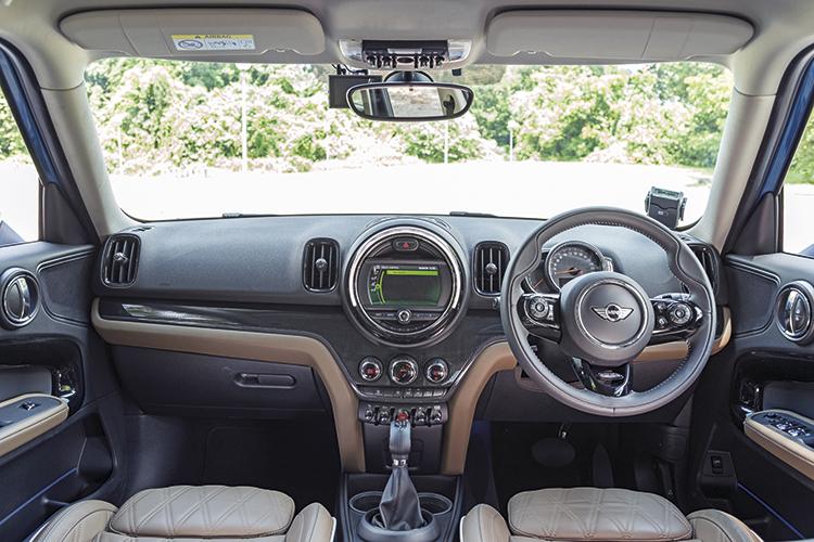 MINI Cooper Countryman – Cockpit