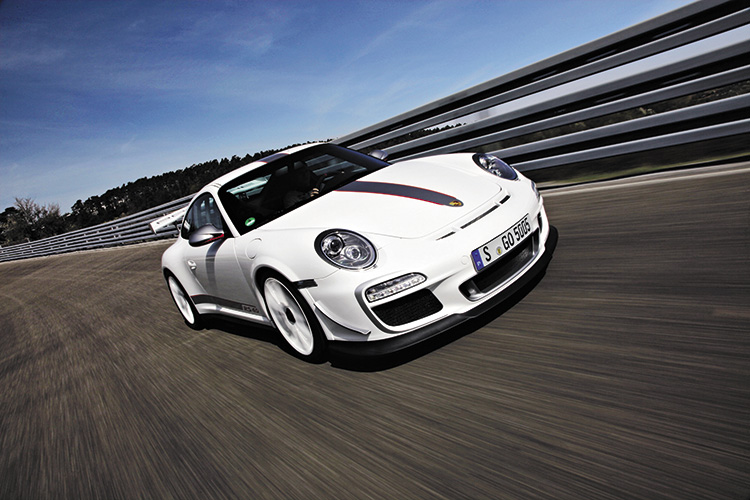 porsche 911 gt3 rs 4.0 front tracking