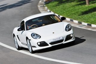 porsche cayman r front tracking