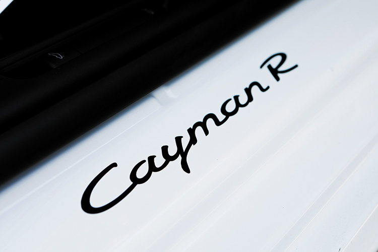porsche cayman r logo