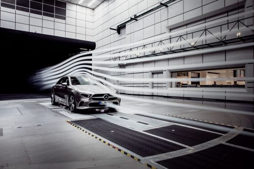 With a Cd value of 0.22 and a frontal area of 2.19m², the new A-Class Sedan has the lowest drag of any production car worldwide and thereby defends the original world record of the CLA Coupe.