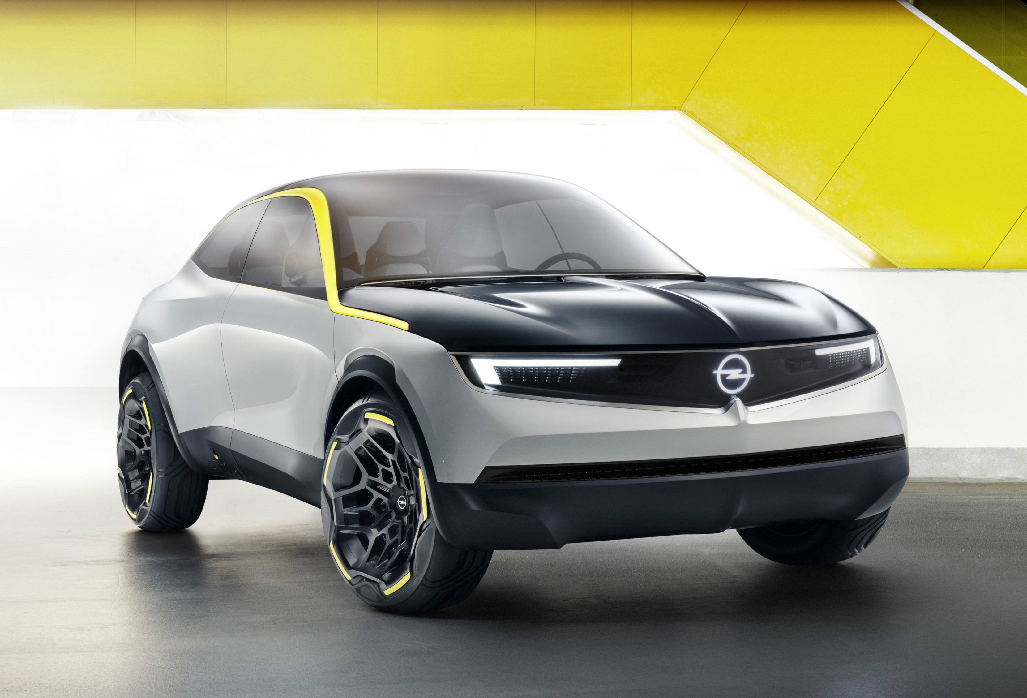 "The prototype expresses Opel's values of ""German, approachable, exciting"", introduces the Opel Vizor hallmark face and debuts a ""Pure Panel"" that redefines interior design with its visual and digital detox."