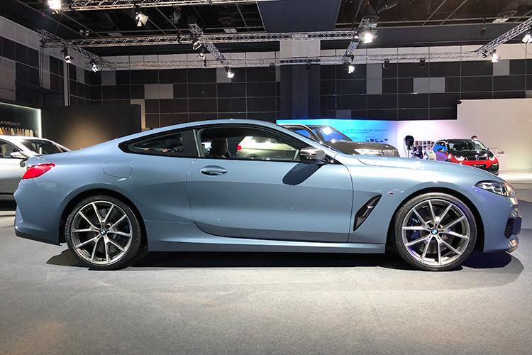 BMW 8 Series – Profile