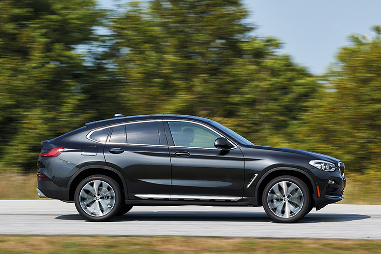 bmw x4 action