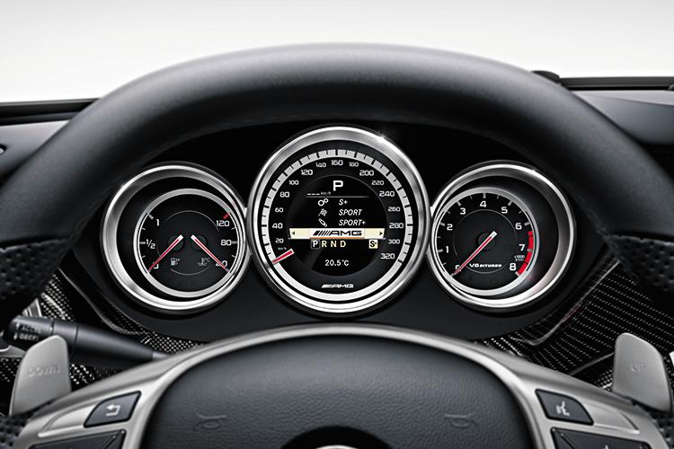 mercedes-benz cls63 amg gauges