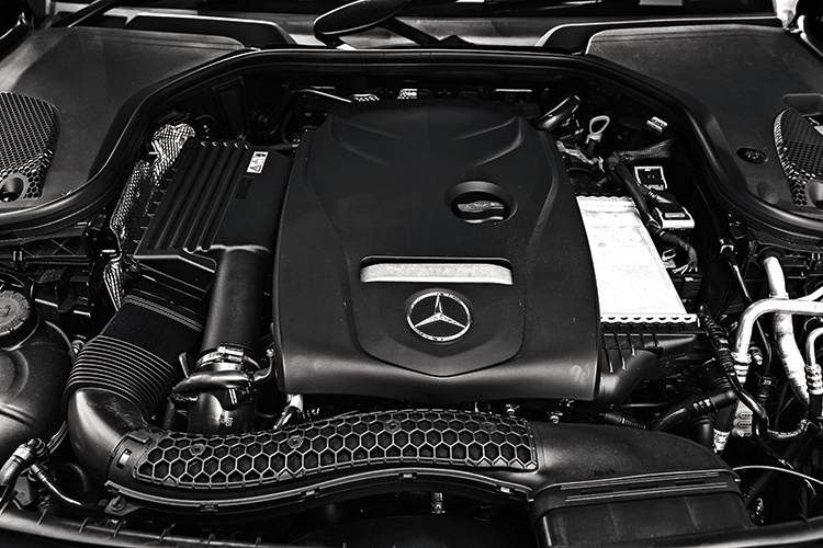 mercedes-benz e200 cabriolet engine