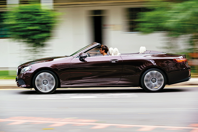 mercedes-benz e200 cabriolet in action